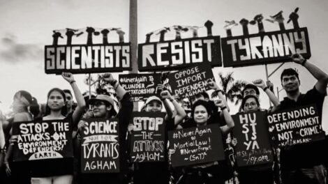Scientists resist tyranny protest sign